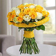 Amazing Yellow and White Roses Bunch