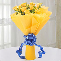 Amazing Bright Yellow Roses bunch