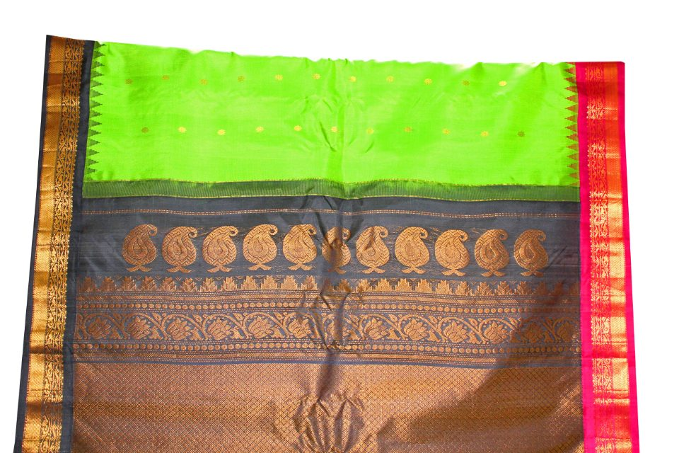 Gadwal Pure Silk Light Green & Black Traditional Handloom Saree With Small Buttis